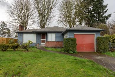 1520 Manor Dr, Gladstone, OR 97027