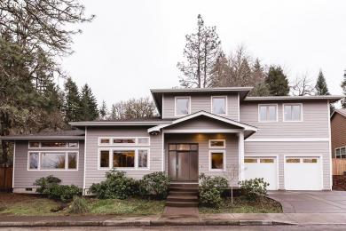 692 E 39th Pl, Eugene, OR 97405