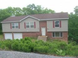 126 Wickes Rd, Bushkill, PA 18324
