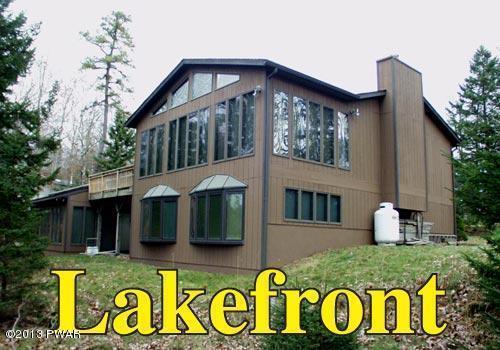 124 Spruce Lake Dr, Milford, PA 18337