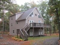 301 W Lakeview, Lackawaxen, PA 18435