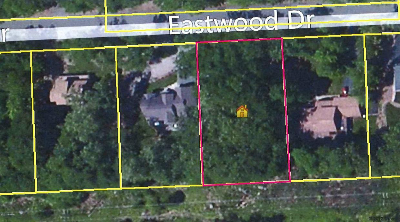179 Eastwood Dr, Greentown, PA 18426