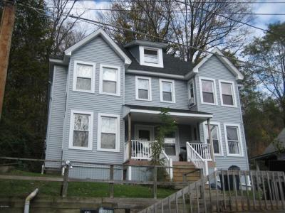 Photo of 1518-1520 Wood Ave, Honesdale, PA 18431