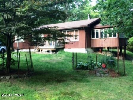 171 Oak Hill Rd, Hawley, PA 18428