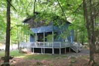 750 Woodridge Ct, Lake Ariel, PA 18436