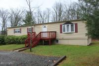 108 Hoehne Ct, Greeley, PA 18425