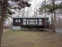 309 Surrey Dr, Lords Valley, PA 18428