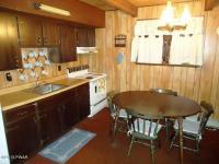 3240 N Gate Rd, Lake Ariel, PA 18436