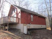 155 Eagle Rock Rd, Lackawaxen, PA 18435