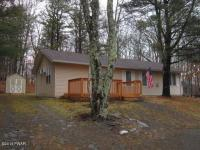 203 Westcolang Rd, Lackawaxen, PA 18435