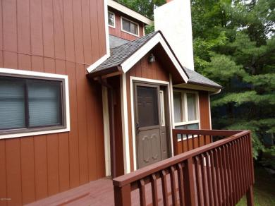 343 Cedarwood Ter, Lake Ariel, PA 18436