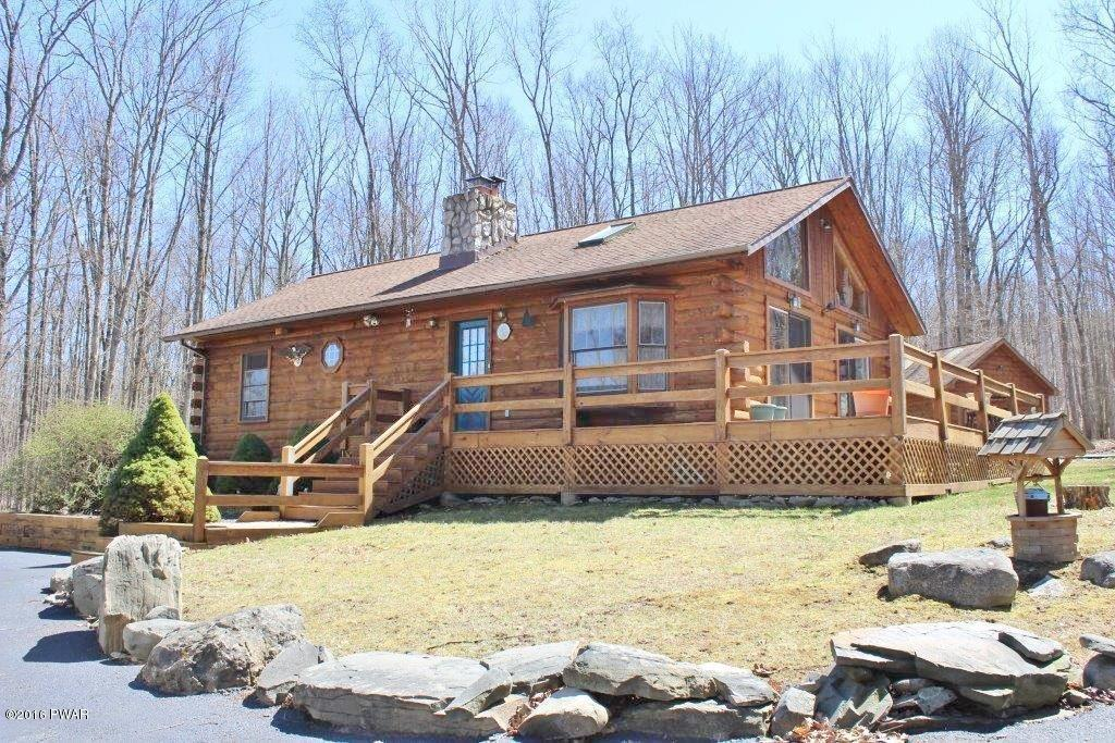 293 Deer Run, Hawley, PA 18428