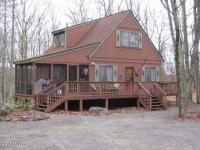 326 Forest Dr, Lords Valley, PA 18428