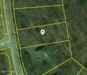 409 Lakview Dr, Lake Ariel, PA 18436