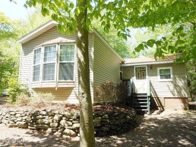 49 Mohican Path, Gouldsboro, PA 18424