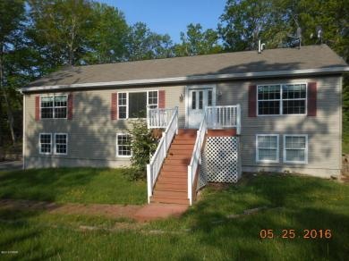 209 Waterforset Dr, Milford, PA 18337