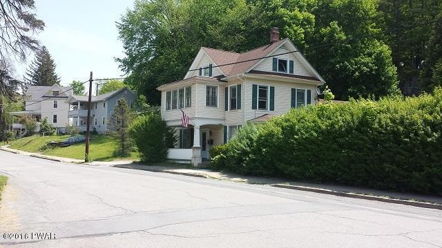 716 Church St, Hawley, PA 18428