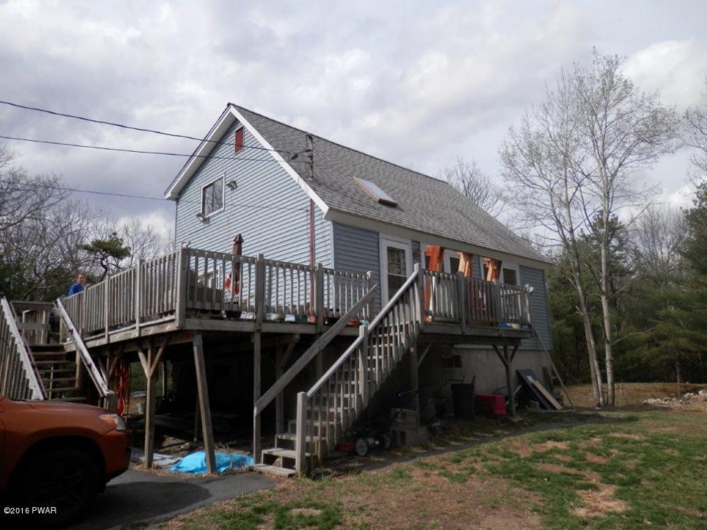 104 Pocono Circle Dr, Dingmans Ferry, PA 18328