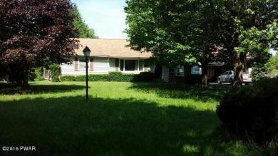 585 Ridge Ave, Hawley, PA 18428