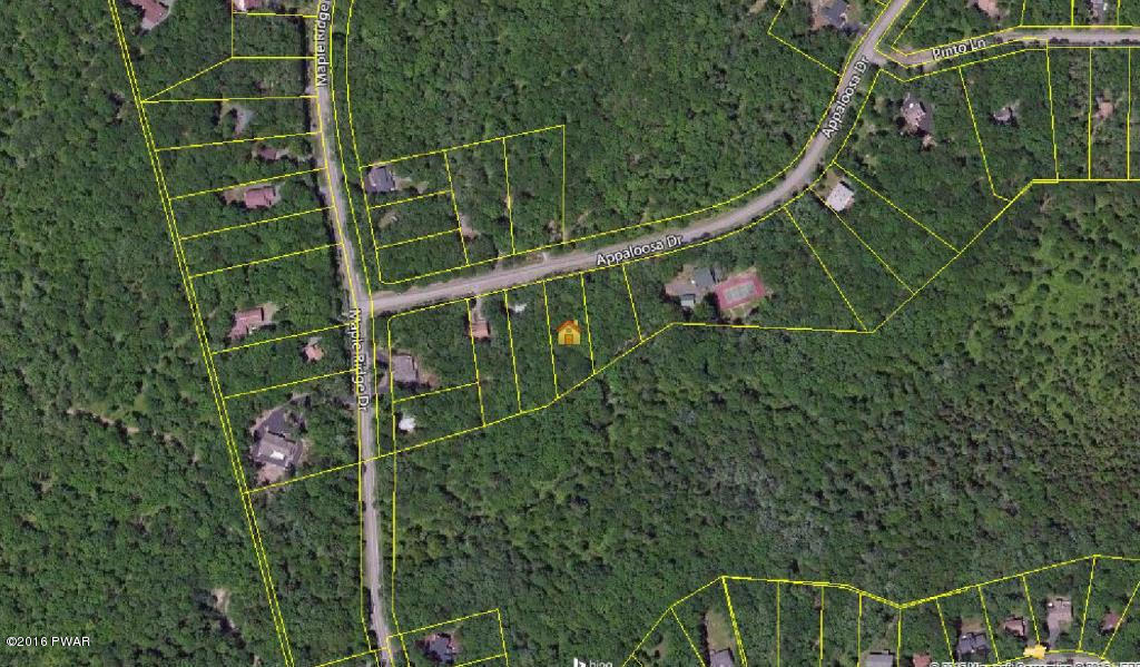 139 Appaloosa Dr, Lords Valley, PA 18428