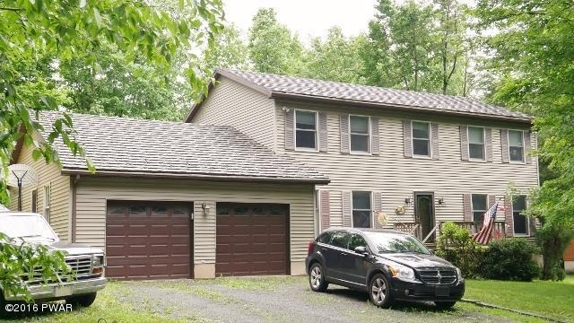 133 Evergreen Dr, Greentown, PA 18426