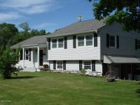 1299 Roosevelt Hwy, Waymart, PA 18472