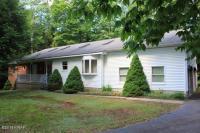 110 Carlton Ln, Greentown, PA 18426