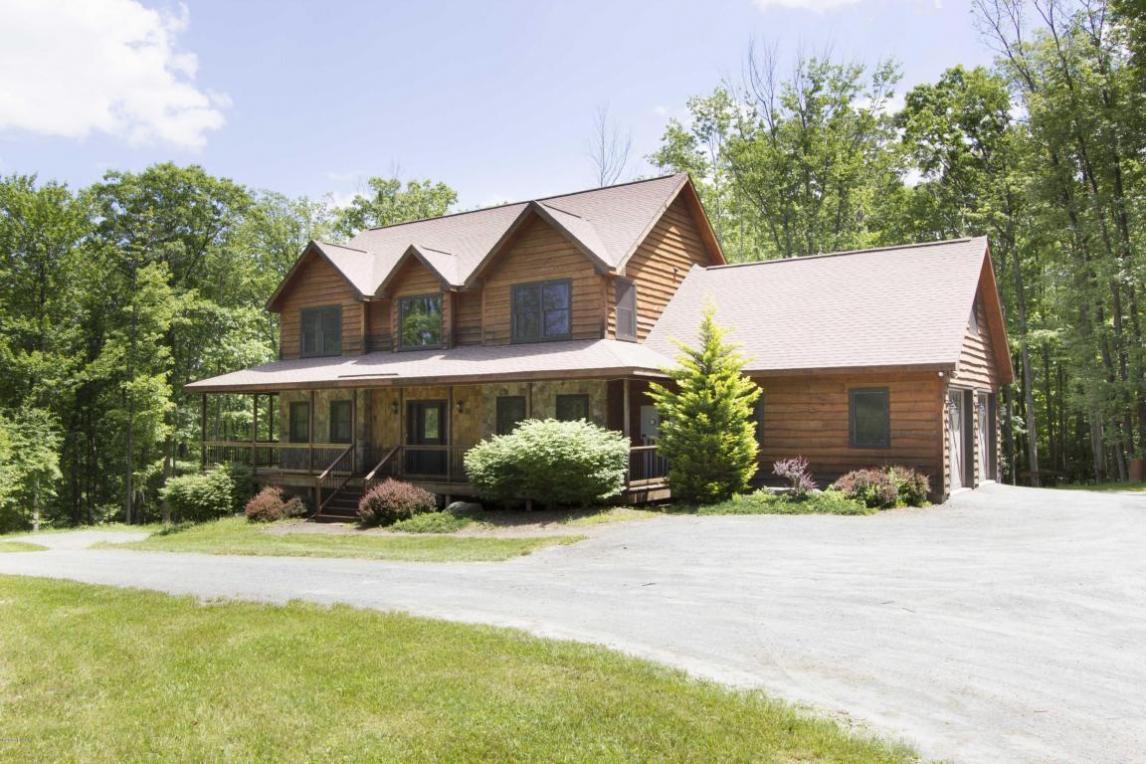 49 Kostige Rd, Lakeville, PA 18438
