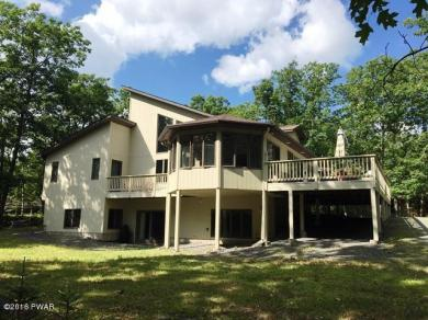 803 Osprey Ct, Lords Valley, PA 18428