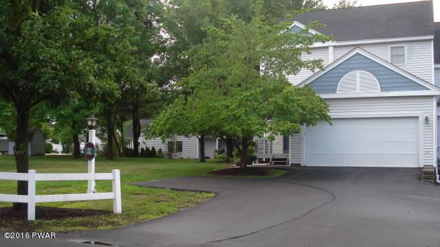 4056 Milford Landing Dr, Milford, PA 18337