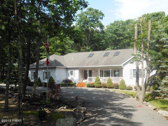 113 Gaskin Dr, Lords Valley, PA 18428