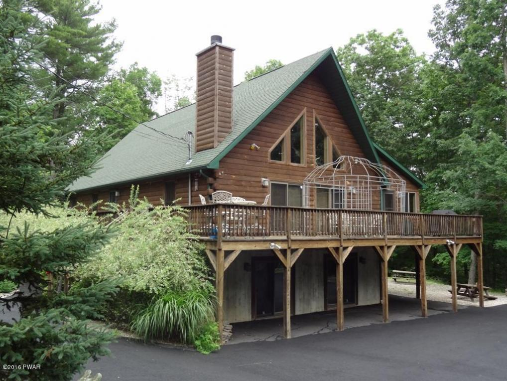 14 Ruffed Grouse Dr, Lakeville, PA 18438