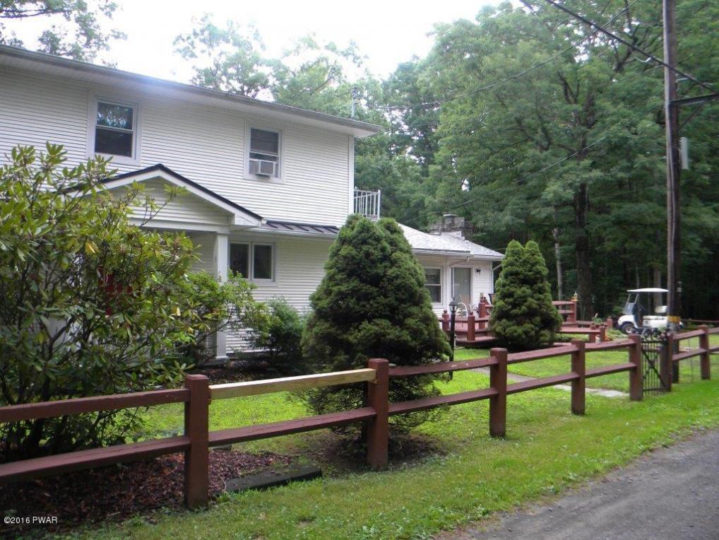 4 Fernwood Rd, Lakeville, PA 18438