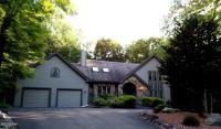 589 Pocono Ct, Lake Ariel, PA 18436