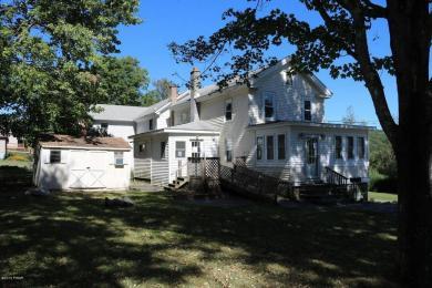 404 North St, Hawley, PA 18428