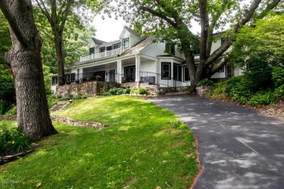 Photo of 181 Pine Hill Farm Rd, Milford, PA 18337