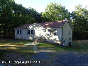 110 Bluebird, Bushkill, PA 18324