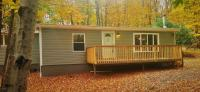2 Chipmunk Ct, Hawley, PA 18428