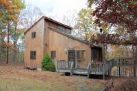 148 Robin Way, Lackawaxen, PA 18435