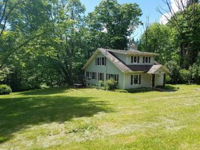 127 Watts Hill Rd, Honesdale, PA 18431