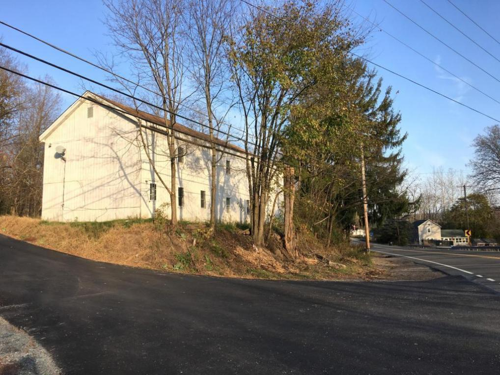 4 Fords Rd, Honesdale, PA 18431