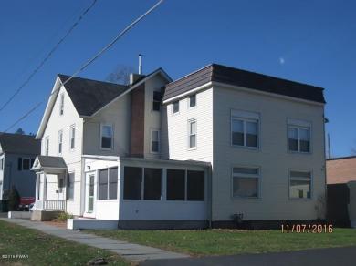 309 Keystone St, Hawley, PA 18428