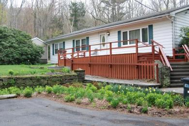106 Roth Ln, Canadensis, PA 18325