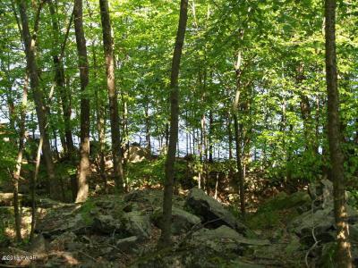 Photo of 1212 W Lakeview Dr, Lake Ariel, PA 18436