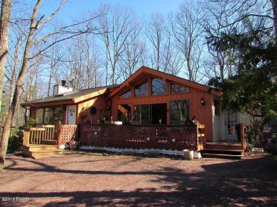 114 Surrey Dr, Lords Valley, PA 18428