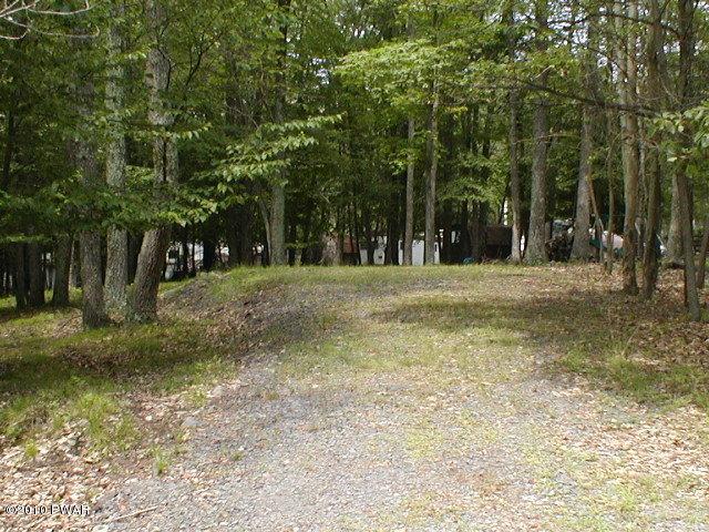 1357 Deer Run, Milford, PA 18337