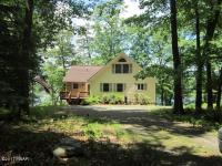 371 Falling Waters Blvd, Lackawaxen, PA 18435