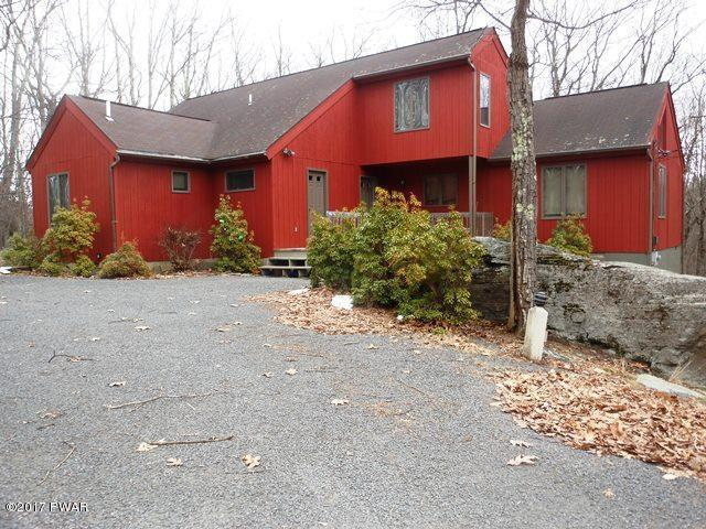 803 Whippletree Ct, Lords Valley, PA 18428