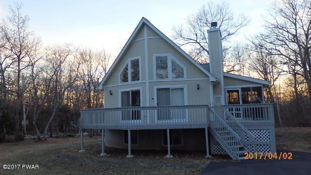 100 Heather Hill Rd, Dingmans Ferry, PA 18328