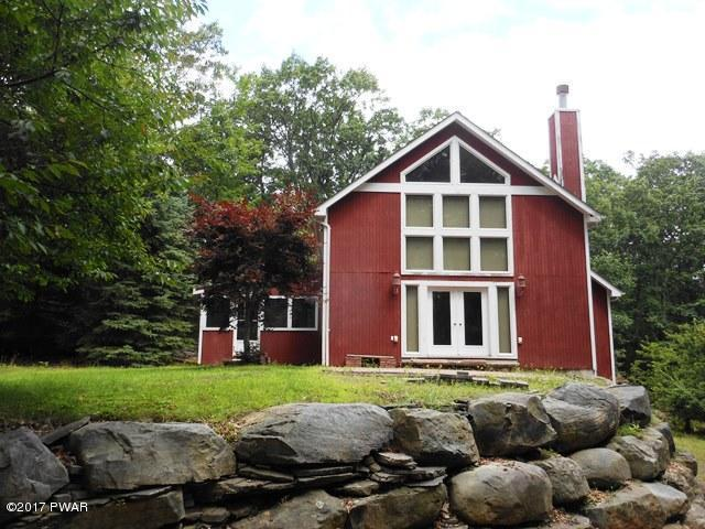 341 Canoebrook Dr, Lords Valley, PA 18428